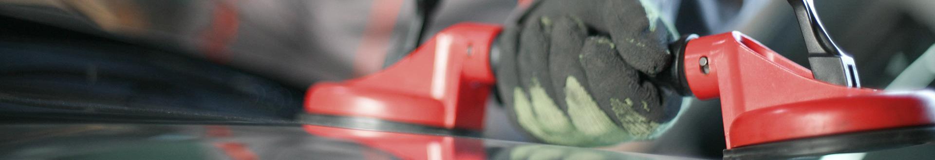 demontaż szyby samochodwej
